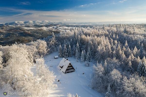 https://s27.flog.pl/media/foto_middle/12950210_bieszczadzkie-klimaty.jpg
