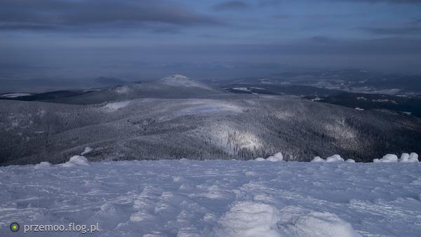 https://s27.flog.pl/media/foto_middle/13008421_ze-snieznika-na-czarna-gore.jpg