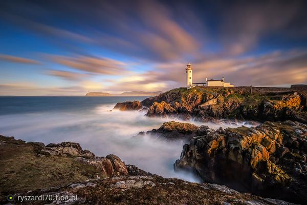 https://s27.flog.pl/media/foto_middle/13066861_fanad-head-lighthouse.jpg